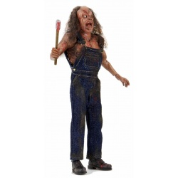 neca-clothed-hatchett-victor-crowley-01