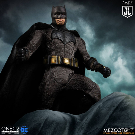 zack_snyders_justice_league_action_figures_112_deluxe_steel_box_set-08
