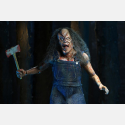 neca-clothed-hatchett-victor-crowley-03